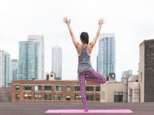Yoga giúp ích cho bệnh nhân sống sót sau ung thư vú